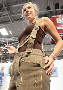 bluetooth lederhosen